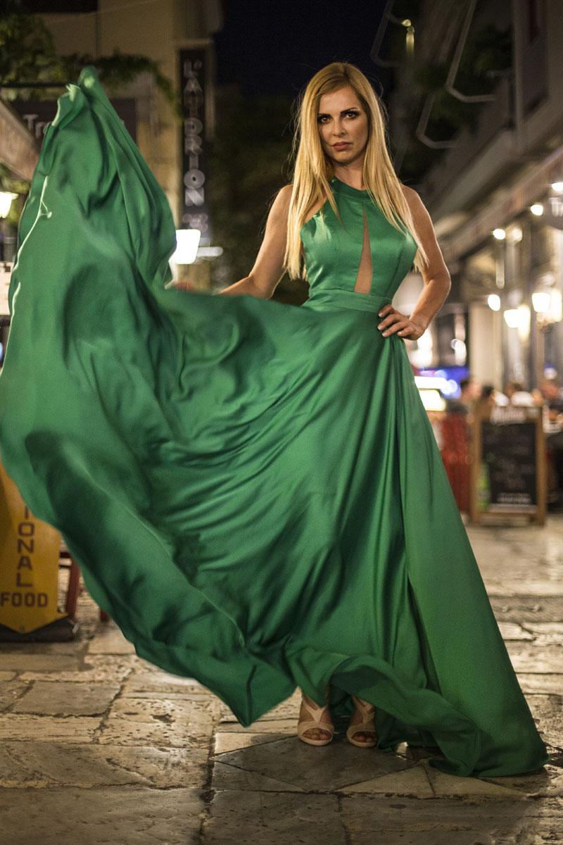 Φόρεμα maxi σατενιζέ