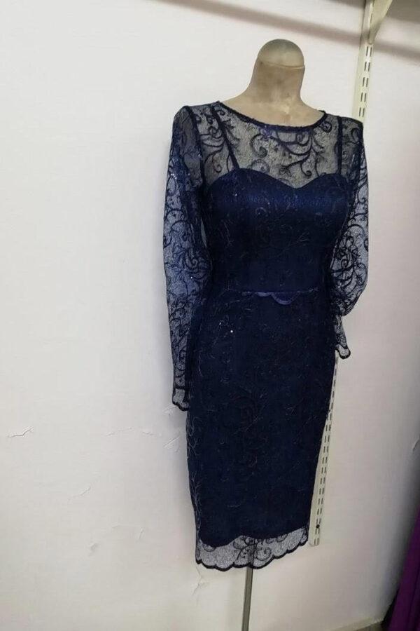 κλασικό φόρεμα δαντέλα