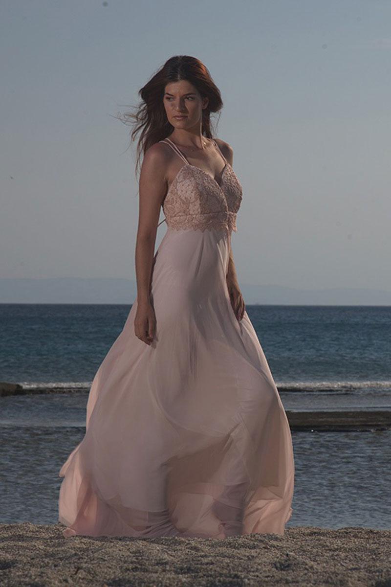 Φόρεμα μουσελίνα - μπούστο δαντέλα με ομπρέλα φούστα.